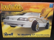 Revell 2044   --    '92 Mustang GT Convertible Lowrider   1:24
