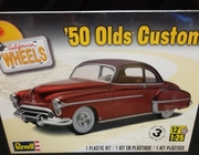 Revell 4022   --    '50 Olds Custom    1:25