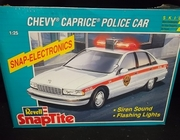 Revell 6293     --     Chevy Caprice Police Car  SnapTite - Electronics    1:25