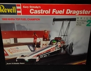 Revell 7425    --    Gary Ormsby's Castrol Fuel Dragster  1:25
