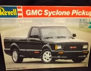 Revell 7435     --     GMC Syclone Pickup   1:25