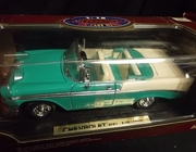 Road Legends92128     --     1956 Chevy Bel Air    1:18