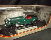 Signature 18118     --     1934 Aston Martin Mark II   1:18