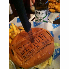 Detroit Burger Bar