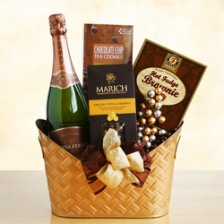 Delightful Bubbly Gift Basket