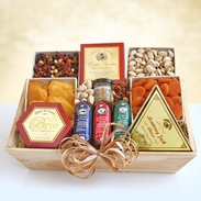 Deluxe Gourmet Meats & Cheeses Gift Crate