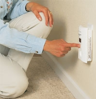 CARBON MONOXIDE ALARMS & COMBO ALARMS AC PLUG-IN OPERATED