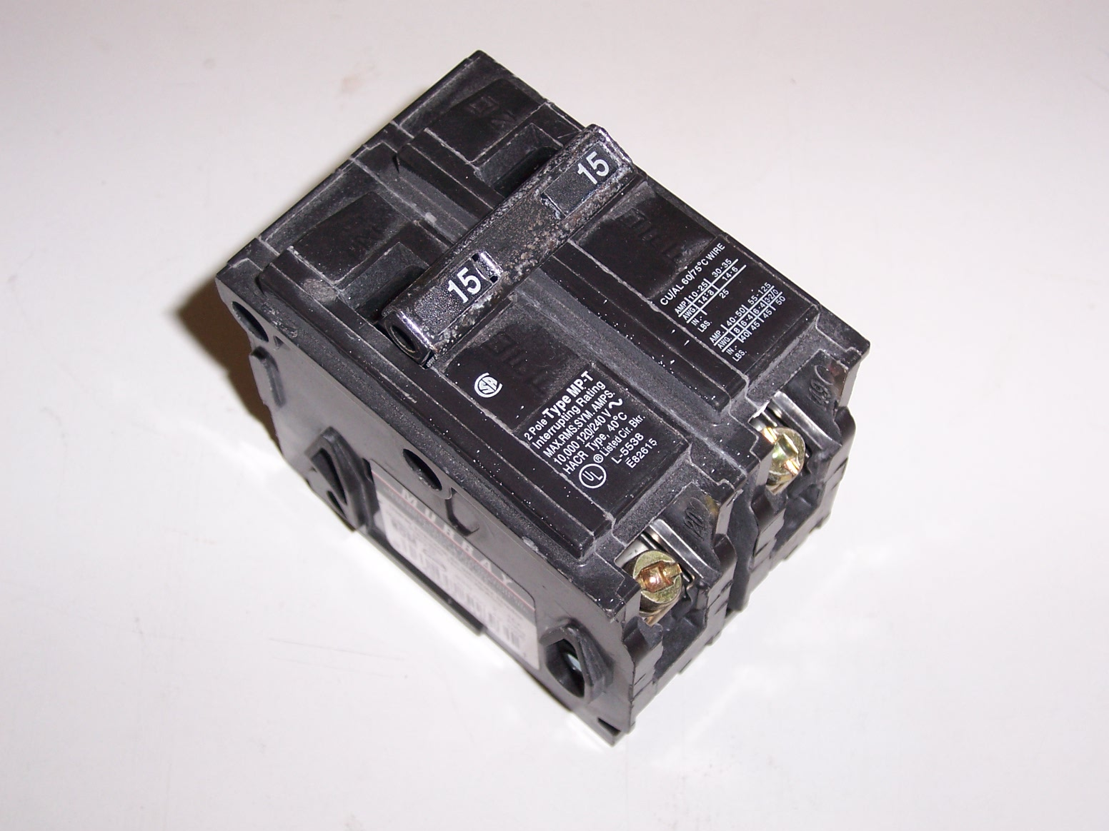 MURRAY MP215KH 15Amp, 2 Pole, 120/240 Volt, Plug-In Circuit Breaker