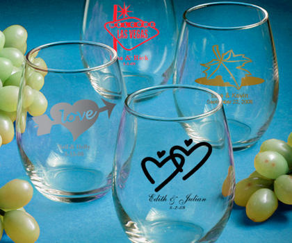 9ad38b7b1f2 Personalized Wine Glass Favors - Stemless