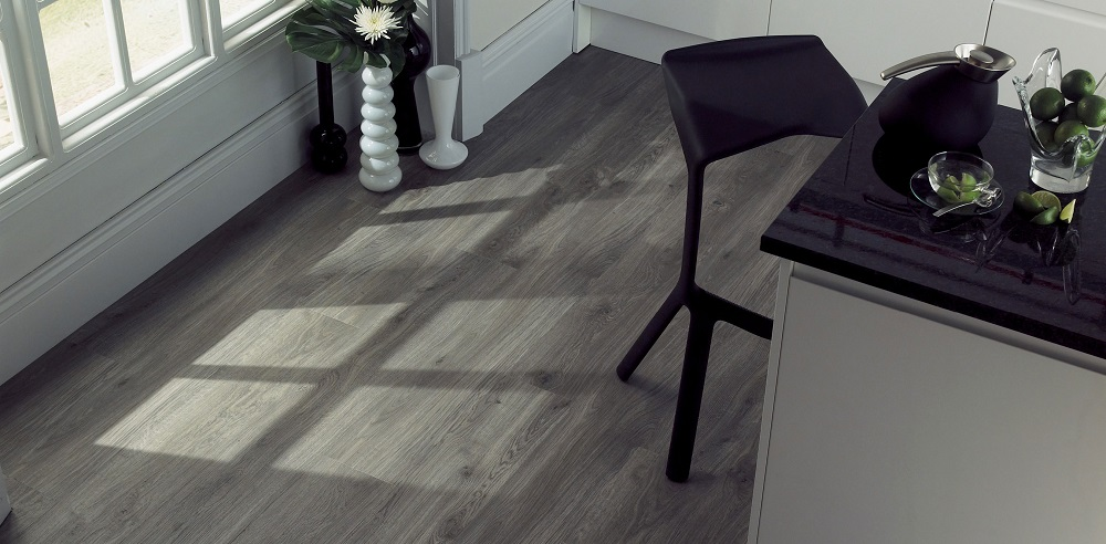 amtico spacia wood locksolid luxury vinyl flooring. Black Bedroom Furniture Sets. Home Design Ideas