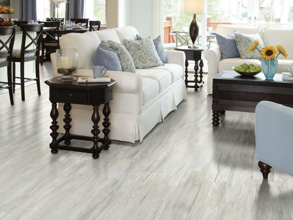 Floorte classico plank bianco vinyl flooring for Casa classica collection laminate flooring
