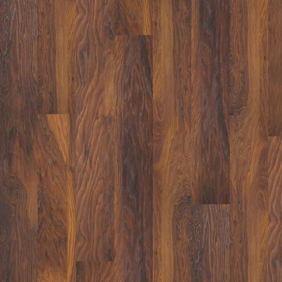 Shaw grand summit cinnamon hickory laminate flooring for Shaw laminate flooring