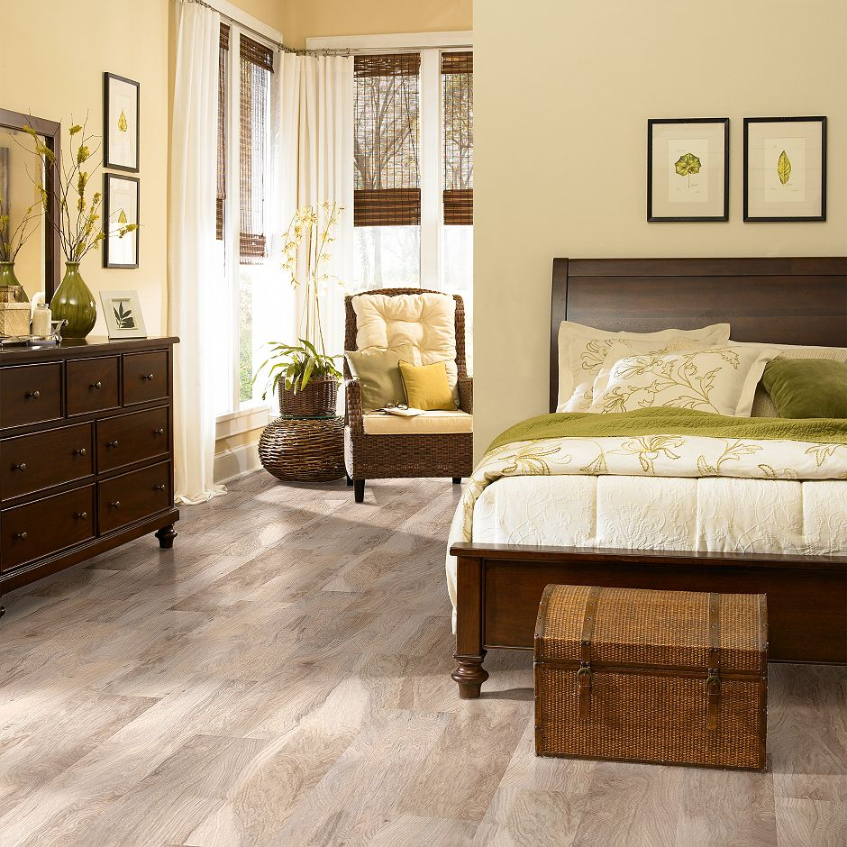 Shaw Grand Summit Natural Hickory