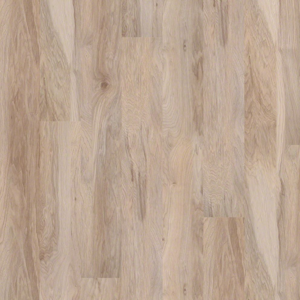 Shaw grand summit natural hickory laminate flooring for Shaw laminate flooring