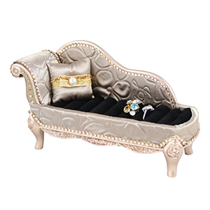 Retro Chic Lounge Chair Ring Holder Champagne