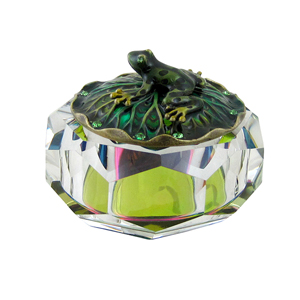 Tree Frog Atop Crystal Jewelry Box Clear
