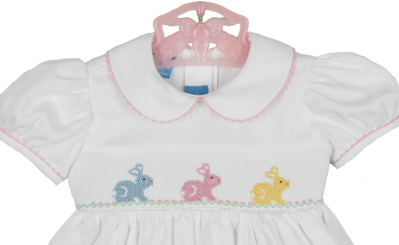 3943066ed Anavini white cotton smocked dress with embroidered bunnies