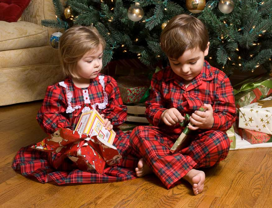 d9dfc4f81a0a red plaid Christmas nightgown