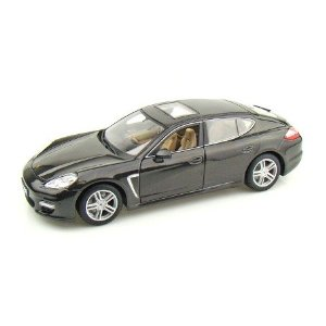1/18 Porsche Panamera Turbo: Metallic Gray diecast car
