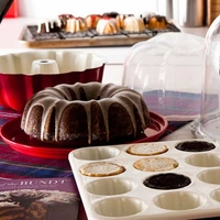 Nordic bakeWare Essential Bundt Kit
