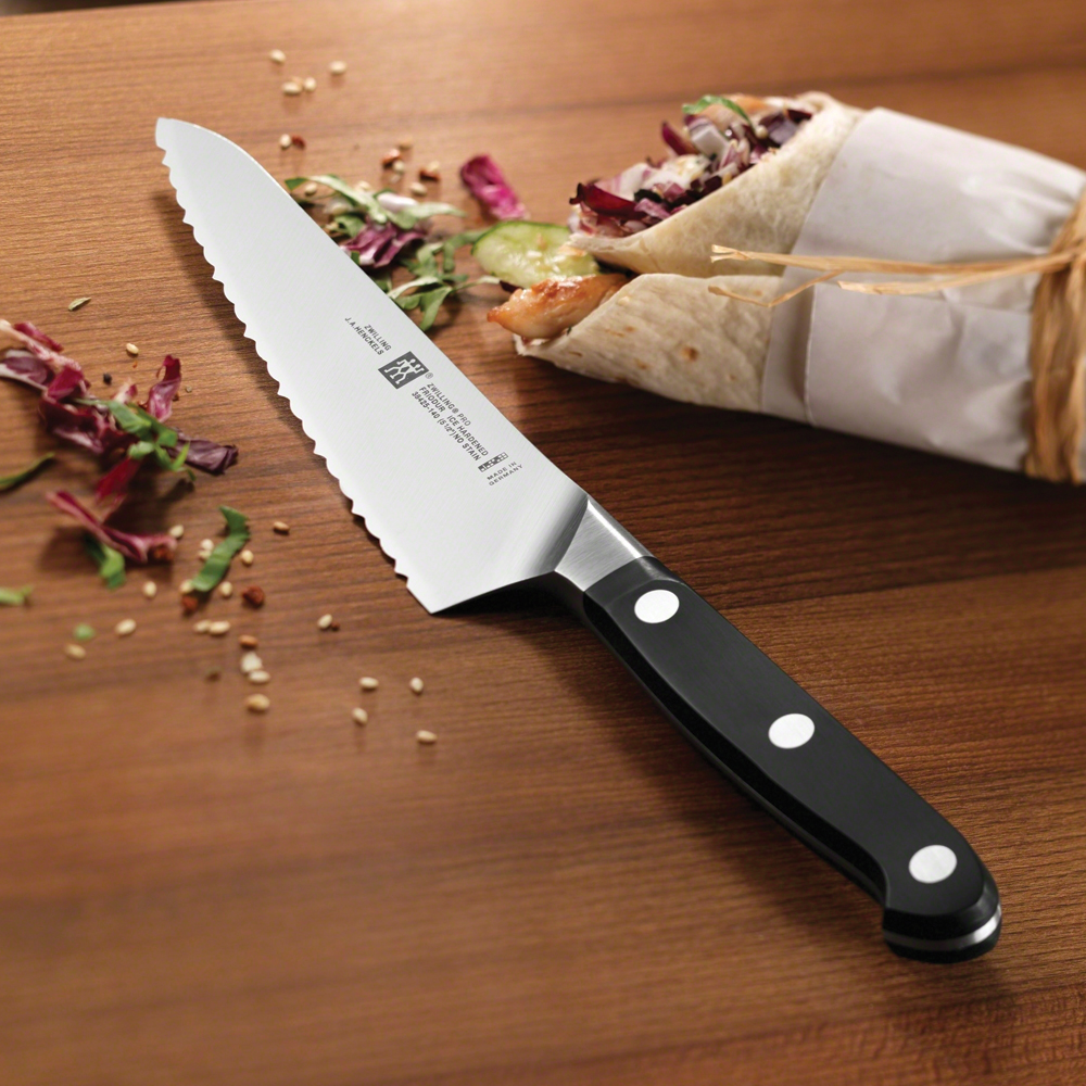 zwilling pro 5 5 serrated prep knife. Black Bedroom Furniture Sets. Home Design Ideas