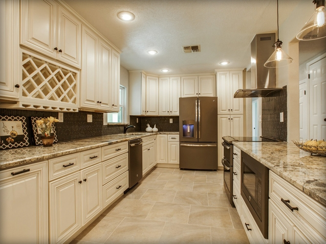 charleston white kitchen cabinets