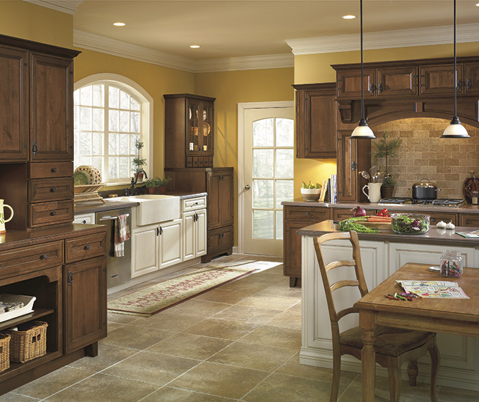 Kitchen Cabinets Maple Shaker In Khaki Stain