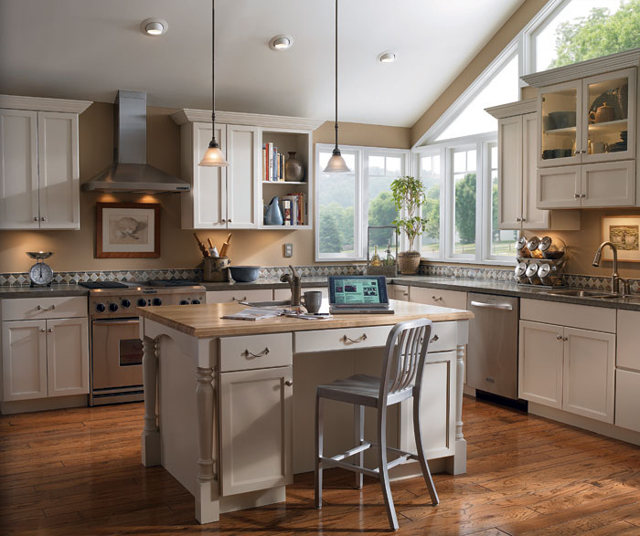Low Cost Kitchen Updates: Shiloh Maple Kitchen Cabinets