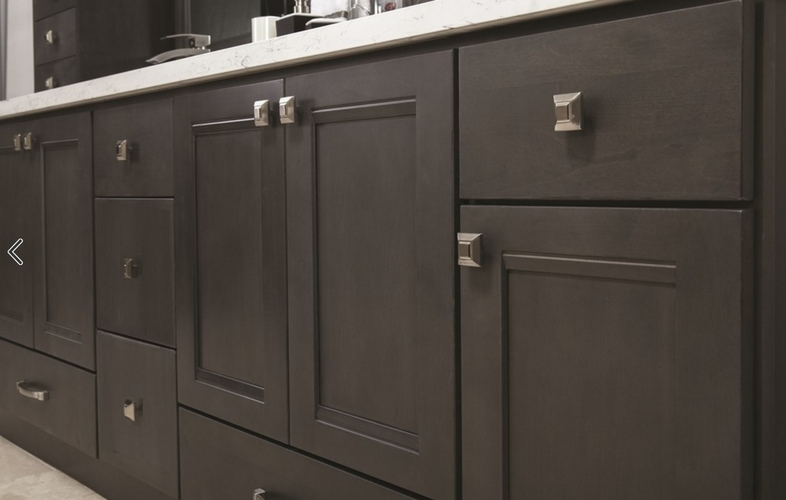 Urbandale Grey Stained Kitchen Cabinets