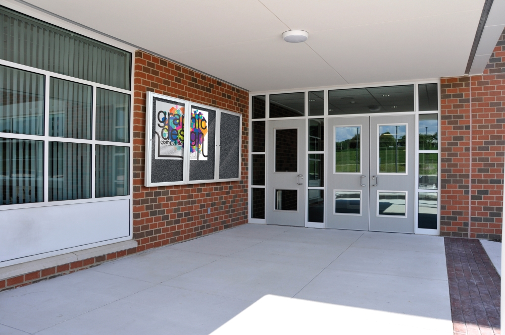 Outdoor Glass Enclosed Bulletin Boards