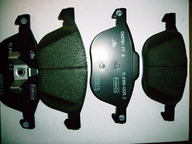 Genuine Mazda  Front Brake Pads  non Turbo B4YB3323Z