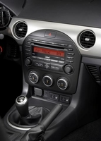 Genuine Mazda Miata In Dash 6 Disc MP3 Player w/o Bose