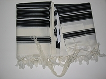 Talit Chabad Size 70 - Black  And White Stripes With Silk Lining