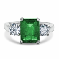 Esmeralda - Vintage 18K White Gold, Emerald & Diamond Ring