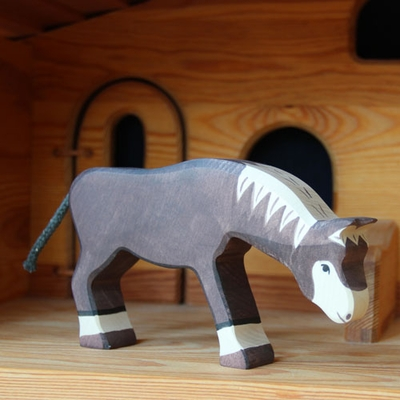 Holztiger Animals <br>Brown Horse Grazing