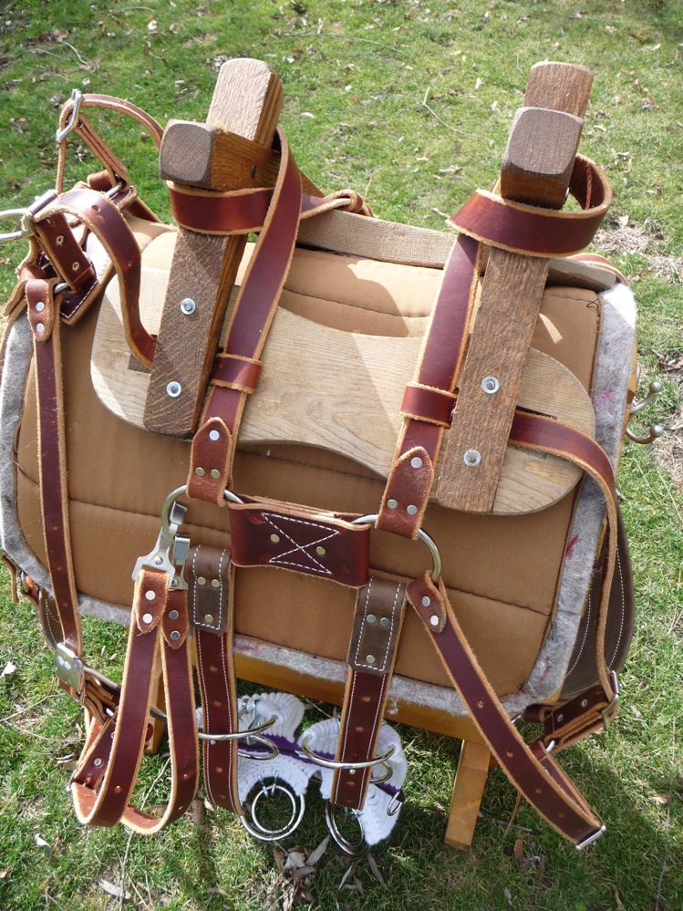 Donkey Sawbuck Pack Saddle