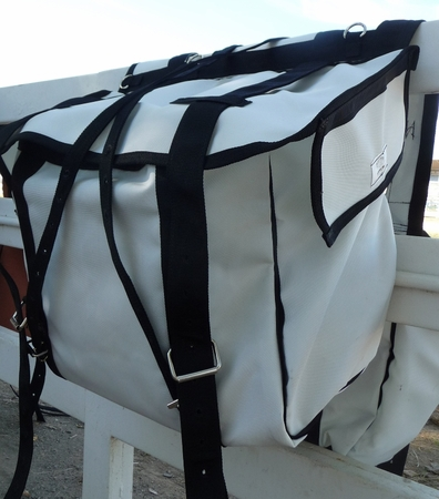 Western Saddle Pannier white Bear Cloth