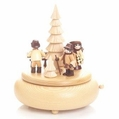 Forest People Scene Music Box - Volkskunstwerkstatt Unger