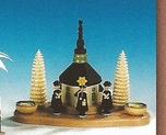 Seiffen Church With Choirboys Candle Holder (2 Candles) - Knuth Neuber
