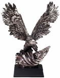 19 INCH ELECTROPLATED ANTIQUE SILVER AMERICAN EAGLE FLAG TROPHY ON BLACK BASE