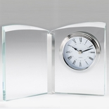 7-1/4 X 5-1/4 INCH OPTICAL CRYSTAL BUTTERFLY DESK CLOCK QUARTZ MOVEMENT