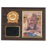 9 X 12 WALNUT FINISH PHOTO PLAQUE