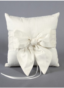 Charlotte Wedding Ring Pillow