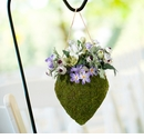Moss Hanging Open Heart Basket