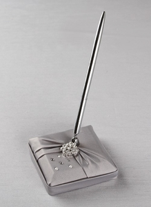 Platinum Celebration Penholder