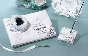 True Love Guest Book & Pen Set