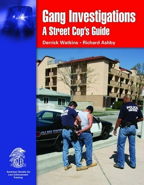 Gang Investigations: A Street Cop's Guide