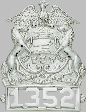 Smith & Warren S104 Badge