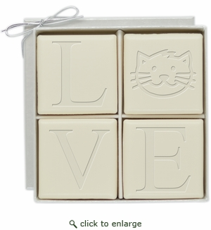 ECO-LUXURY : 4 SQUARE GUEST BARS CAT LOVE MOTIF