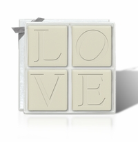 ECO-LUXURY : 4 SQUARE GUEST BARS LOVE MOTIF